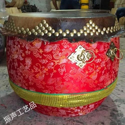 Trống cao cấp 6 tấc của Hùng Anh Đường trong cách làm trống múa lân