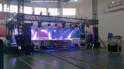 âm thanh ánh sáng tổ chức sự kiện